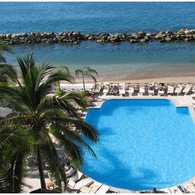 Costa Sur Resort & Spa — Over view of pool