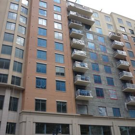 Balcony units facing the Potomac
