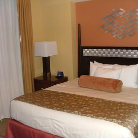 Wyndham Vacation Resorts at National Harbor — Bedroom