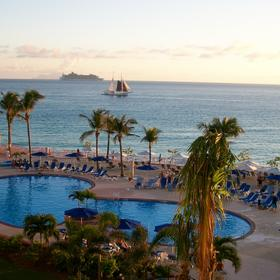 Saba, cruiseship, sailboat, pool