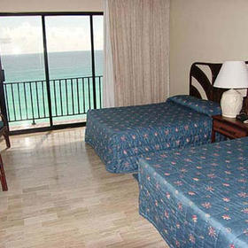 The Royal Caribbean - Unit Bedroom
