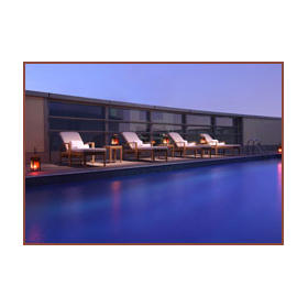 Emirates Grand Hotel — Rooftop Swimming Pool