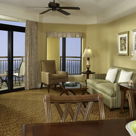 Hilton Grand Vacations Club (HGVC) at Anderson Ocean Club — Unit living and dining area