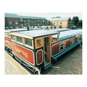 Canaltime Houseboats at Union Wharf