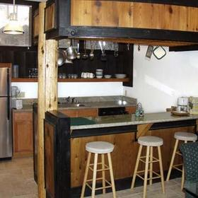 The Ridge Sierra — Fully stocked kitchen, all implements for cooking all meals included.