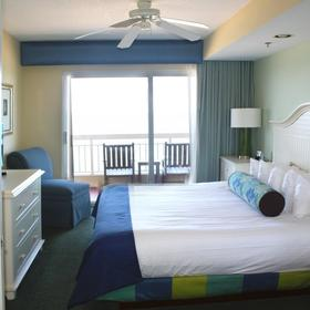 Wyndham Royal Vista — Luxurious Master bedroom with large private Jacuzzi, both the 1 BR Deluxe & 2 BR deluxe apartments.