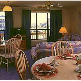 Peppertree Atlantic Beach - Unit Dining Area
