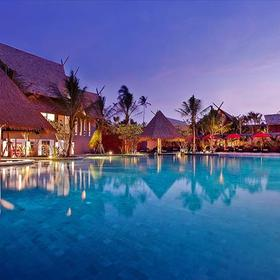 Anantara Vacation Club Phuket Mai Khao Pool and Exterior