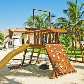 Sunset Marina Resort & Yacht Club — Playground
