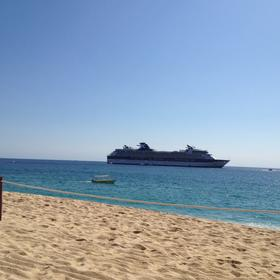 Cruise ship on Medano Beach