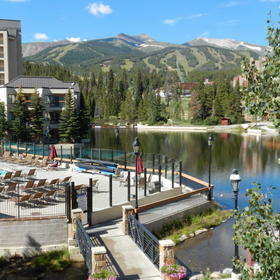 Marriott's Mountain Valley Lodge — Pool, Maggie's Pond and Slopes