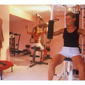 Health Oasis Resort — Exercise room at