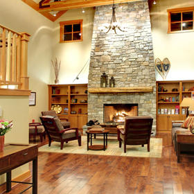 WorldMark Chelan –- Lake House — Living Area