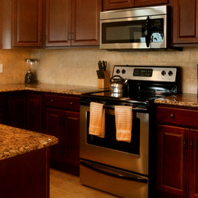 The Quarters at Lake George — Kitchen
