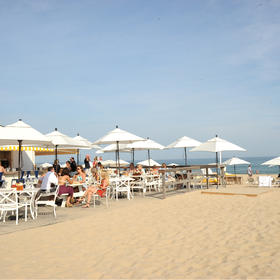 Gurney's Montauk Resort & Seawater Spa Beachside Dining