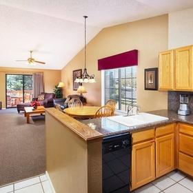 Wyndham Flagstaff Kitchen