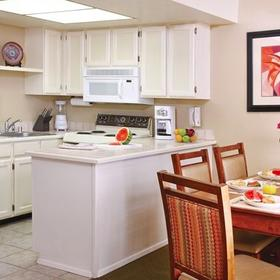 Havasu Dunes Resort Kitchen and Dining Area