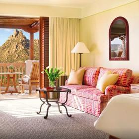 Four Seasons Residence Club Scottsdale at Troon North Living Area