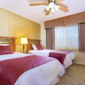 Dolphin's Cove Resort Bedroom