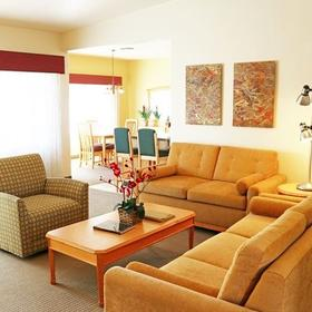 Cimarron Golf Resort Living Area