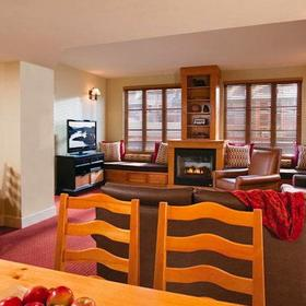 Marriott Grand Residence Club - Lake Tahoe Living Area