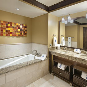 The Ritz-Carlton Club, Lake Tahoe Bathroom