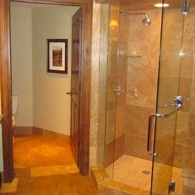 Hyatt Grand Aspen Bathroom