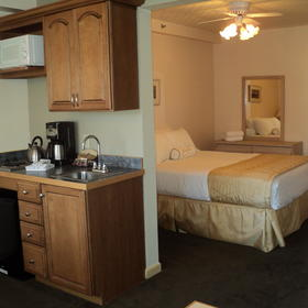 The Historic Crags Lodge Kitchenette