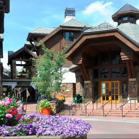 Hyatt Mountain Lodge Exterior