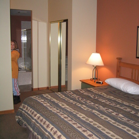 Whistler Vacation Club at Twin Peaks — - Unit Bedroom