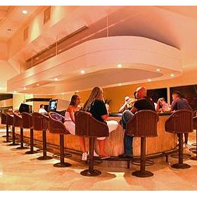 Krystal International Vacation Club Cancun — - Bar