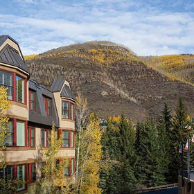 Marriott's StreamSide at Vail Bedroom Exterior