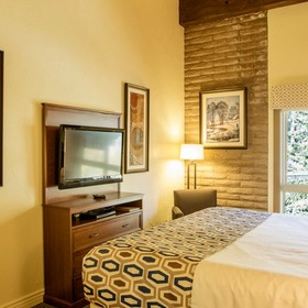 Sandstone Creek Club Bedroom
