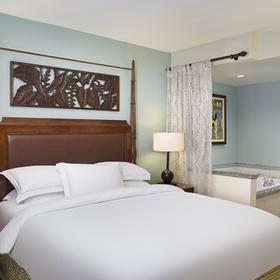 Hilton Grand Vacations Club (HGVC) at The Grand Waikikian Bedroom