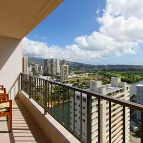 Wyndham Vacation Resorts Royal Garden at Waikiki — Lanai