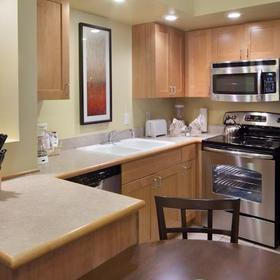 Holiday Inn Club Vacations at Lake Geneva Resort Kitchen