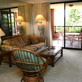 Kahana Falls Living Area