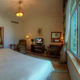 The Royal Club at Palm-Jumeirah Bedroom