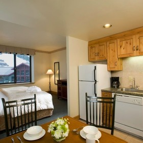 Grand Summit Hotel Studio Unit