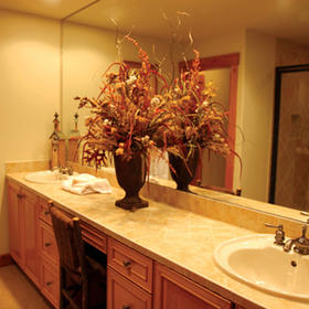 Hearthstone at Spring Mountain Ranch — Bathroom