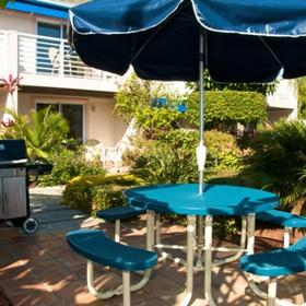 Smuggler's Cove Resort Barbecue Area