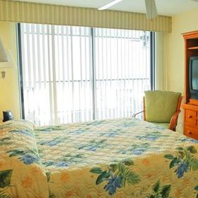 Hilton Grand Vacations Club (HGVC) Seawatch On-the-Beach Bedroom