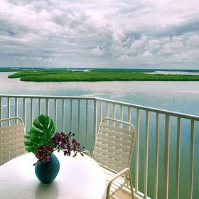 Lovers Key Beach Club & Resort — Balcony