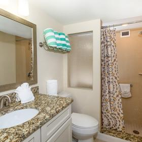 Hollywood Beach Tower Bathroom