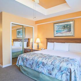Legacy Vacation Club - Indian Shores — Bedroom