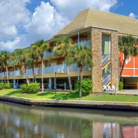Legacy Vacation Club - Indian Shores — Exterior