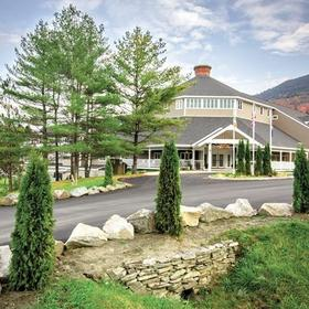 Holiday Inn Club Vacations at Ascutney Mountain Resort Grounds