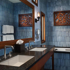 Disney's Polynesian Villas & Bungalows Bungalow Bathroom