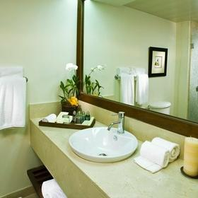 Dreams La Romana Resort and Spa Bathroom