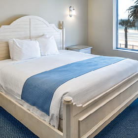 The Cove on Ormond Beach - North Tower Bedroom